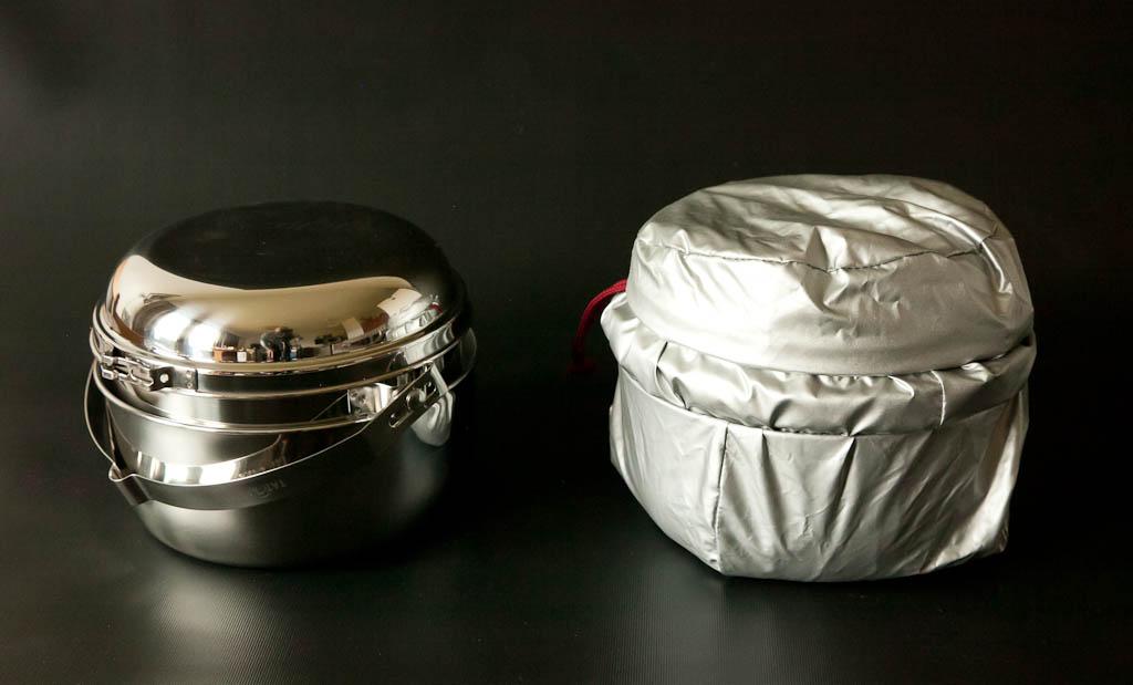 Tatonka®-kattilapaketin voi pakata vielä isomman peruskattilan sisälle, jolloin reissussa on kaksi kattilaa ja kahvipannu - kaikki samassa pakkauksessa.